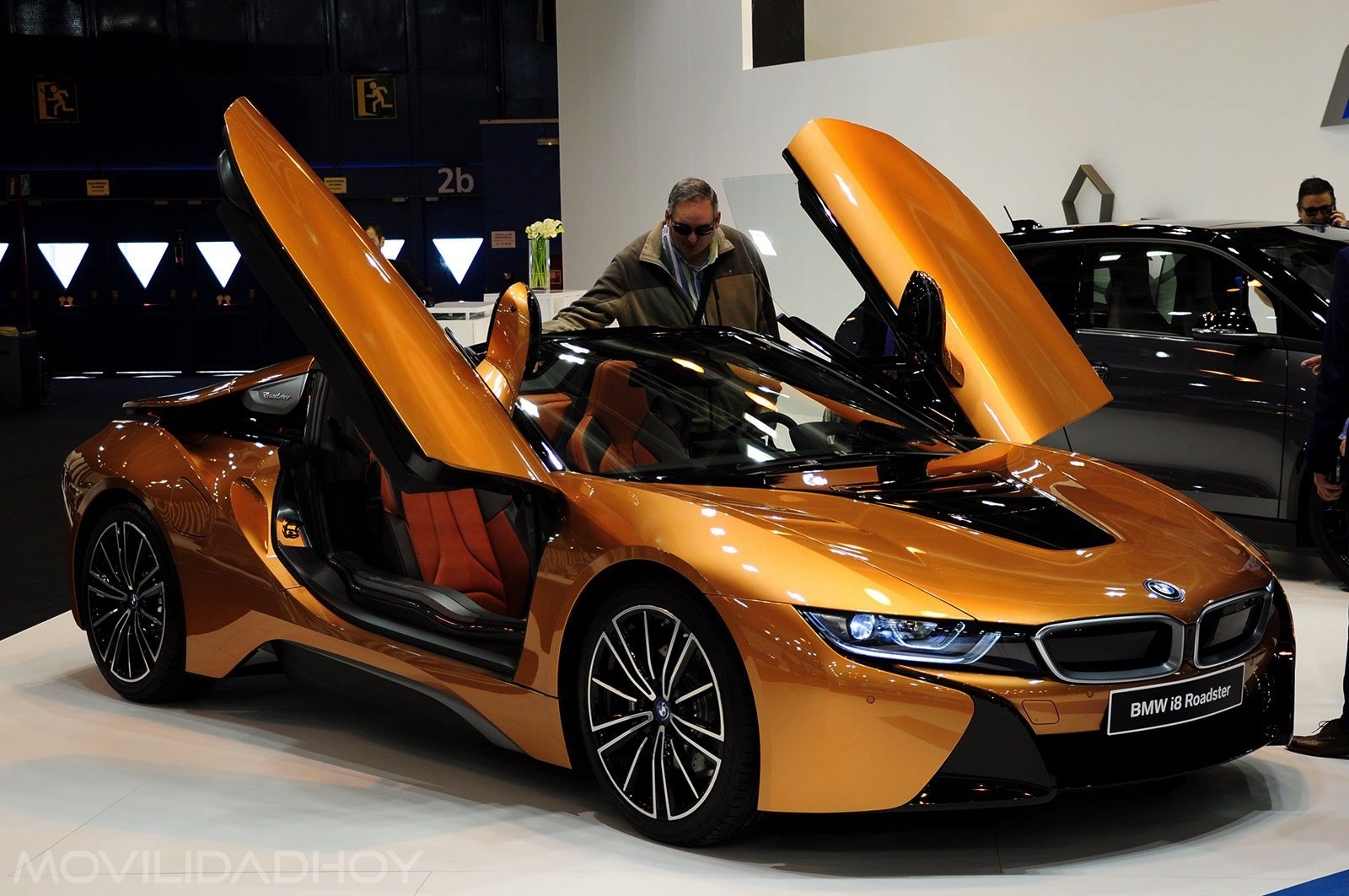 BMW i8 Roadster, híbrido enchufable