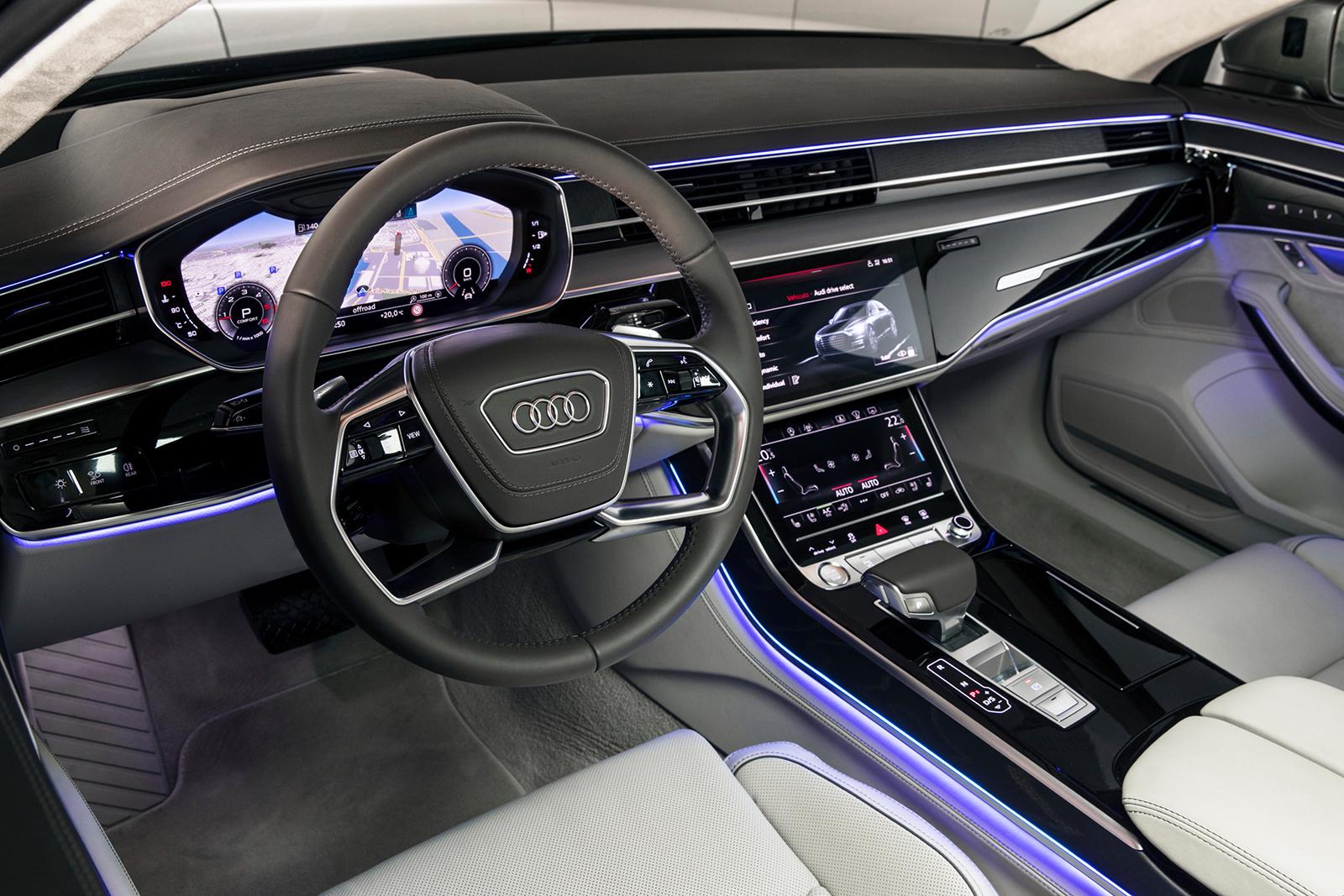 Audi A8 W12 >> Prueba del Audi A8: desde el asiento del conductor y del ...