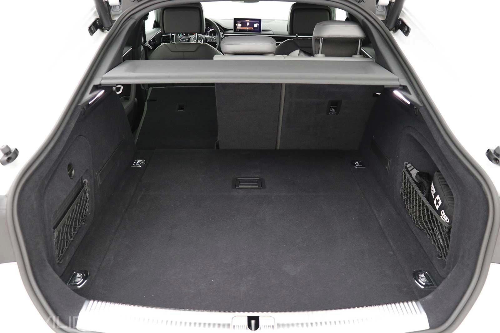 Maletero del Audi A5 g-tron Sportback